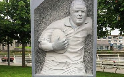 Anthony Foley memorial unveiled at Clancy's Strand