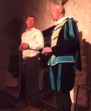 Watch – Robin Copeland gives a top performance at Bunratty Castle