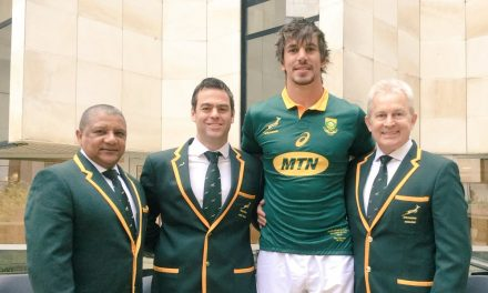 Incoming Munster Coach presents Springboks with match jerseys ahead of France clash
