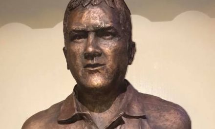 LISTEN – Shannon Vice President Noel Healy and Chairman John Leahy on unveiling of Anthony Foley bust