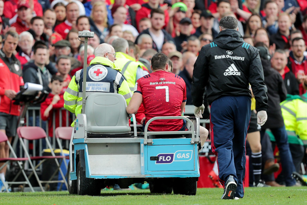 Tommy O'Donnell leaves the field injured during Munster's Champions Cup game with Gloucester. Mandatory Credit ©INPHO/Laszlo Geczo