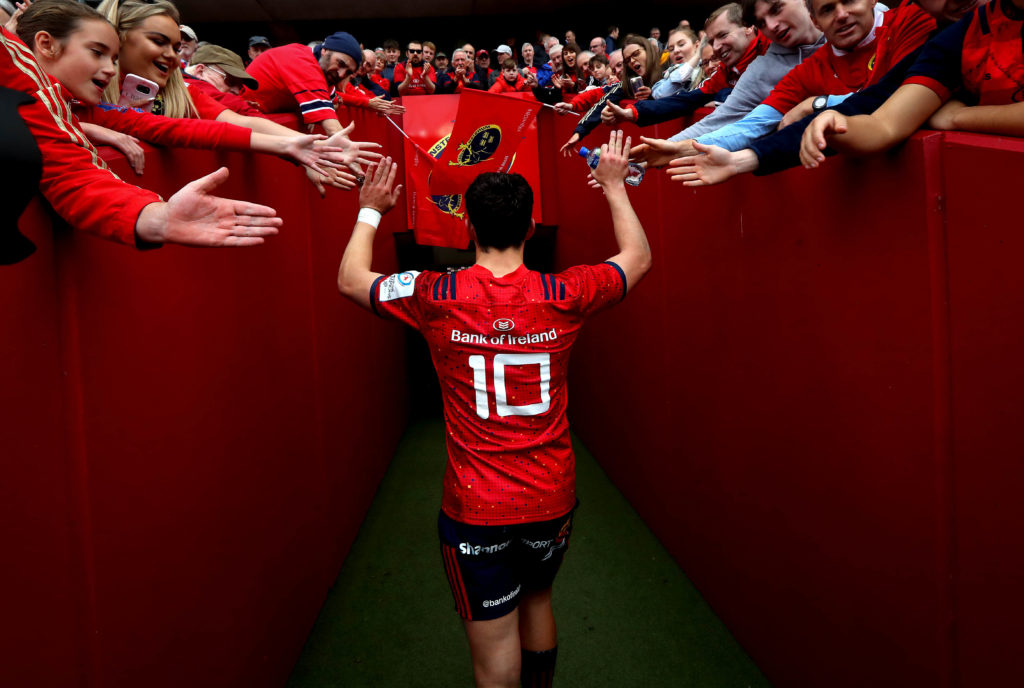 Heineken Champions Cup Round 2, Thomond Park, Limerick 20/10/2018 Munster vs Gloucester  Munster's Joey Carbery makes his way down the tunnel  Mandatory Credit ©INPHO/Ryan Byrne