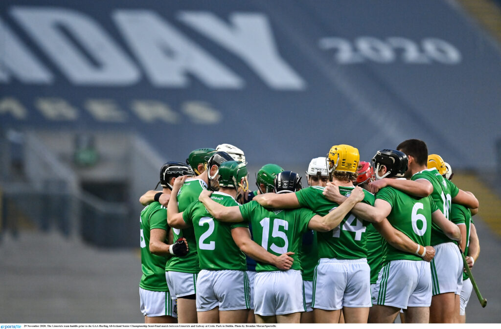 29 November 2020; The Limerick team huddle prior to the GAA Hurling All-Ireland Senior Championship Semi-Final match between Limerick and Galway at Croke Park in Dublin. Photo by Brendan Moran/Sportsfile