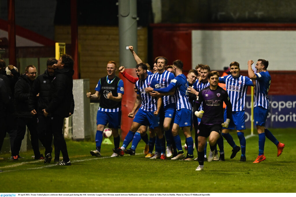30 April 2021; Treaty United players celebrate their second goal during the SSE Airtricity League First Division match between Shelbourne and Treaty United at Tolka Park in Dublin. Photo by Piaras Ó Mídheach/Sportsfile
