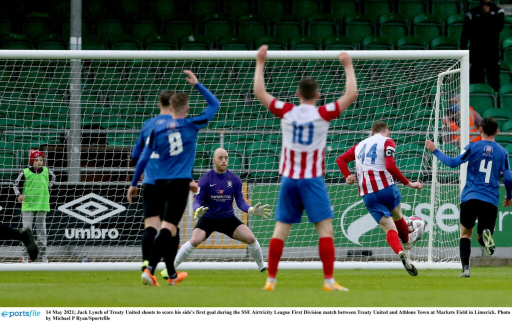 14 May 2021; Jack Lynch of Treaty United shoots to score his side's first goal during the SSE Airtricity League First Division match between Treaty United and Athlone Town at Markets Field in Limerick. Photo by Michael P Ryan/Sportsfile